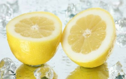 Prečo je dobré začínať deň s citrónovou vodou