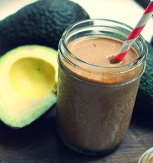 smoothie cokoladove avokado